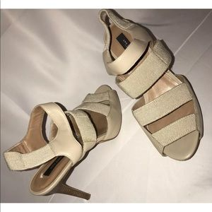 Ann Taylor Heels Sz 8
